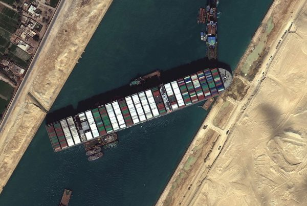 suex canal blocked by everngreen evergiven vessel